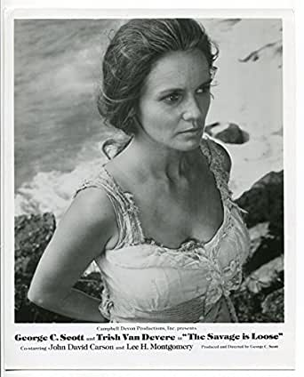 THE SAVAGE IS LOOSE-8X10-PROMO STILL-TRISH VAN DEVERE-ADVENTURE-DRAMA