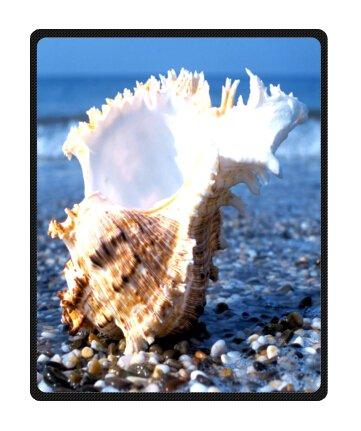 Seashell Throw Blanket front-1034762