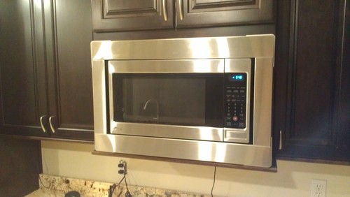 ... Trim Kit Available: Countertop Microwave Ovens: Kitchen & Dining