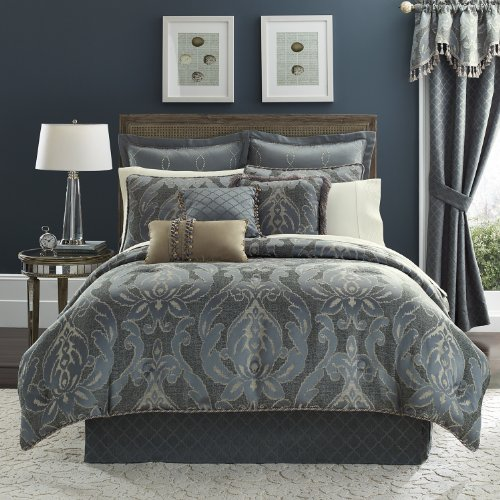 Croscill Chantal Comforter Set, Queen front-1077792