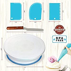 64 Pcs Cake decorating supplies Kit with Cake Turntable-Cake leveler- 24 Numbered Icing Piping Tips with Pattern Chart and EBook- Straight & Angled Spatula-30 Icings Bags- 3 Icing Comb Scraper set (Tamaño: 64 PCs)
