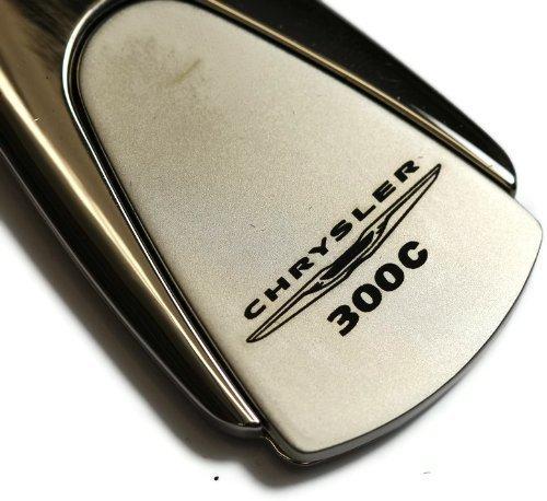 chrysler-300c-cle-chrome-avec-logo-authentic-goutte-avec-porte-cles-et-porte-cles-avec-cordon