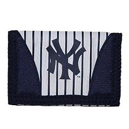 New York Yankees MLB Chamber Men's Trifold Wallet