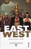 """Afficher """"East of West - série en cours n° 5 Vos ennemis sont partout"""""""