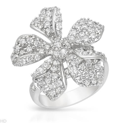 Cocktail Ring With 4.15ctw Cubic zirconia 925 Sterling silver. Total item weight 7.5g (Size 6)