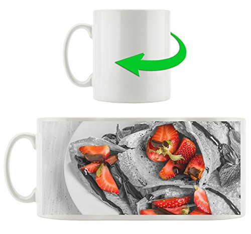 dlicieuses-crpes-aux-fraises-et-glaage-au-chocolat-noir-blanc-motif-tasse-en-blanc-300ml-cramique-Grande-ide-de-cadeau-pour-toute-occasion-Votre-nouvelle-tasse-prfre-pour-le-caf-le-th-et-des-boissons-
