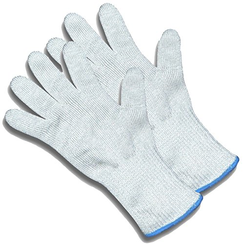 ChefsGrade Cut Resistant Safety Gloves - Protection From Knives, Mandoline and Graters - Soft Flexible with Stainless Steel Wire -
