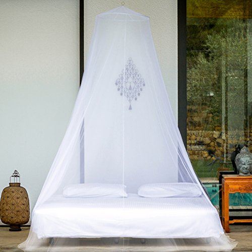 Premium Mosquito Net for Double Bed by #1 EVEN Naturals | Full Hanging Kit, FREE Gift Bag & eBook |100% Satisfaction Guarantee | Circular Screen Netting Canopy Curtains | Insect Protection Repellent (Natural Net compare prices)