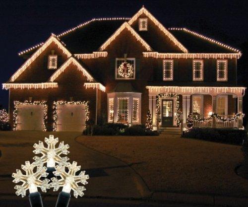70 Light Led Icicle Light Color: Warm White
