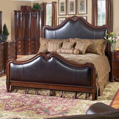 Bernhardt Furniture Tuscan Villa Leather Panel Queen Bed - BERF300