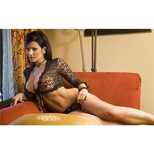 Amazon.com: Denise Milani (38inch x 24inch / 96cm x 60cm) Silk