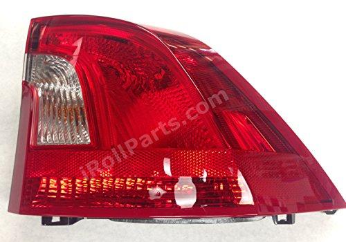 Type 2 for 2013 2014 NSF Chrysler 300 RH Right Passenger Taillamp Taillight