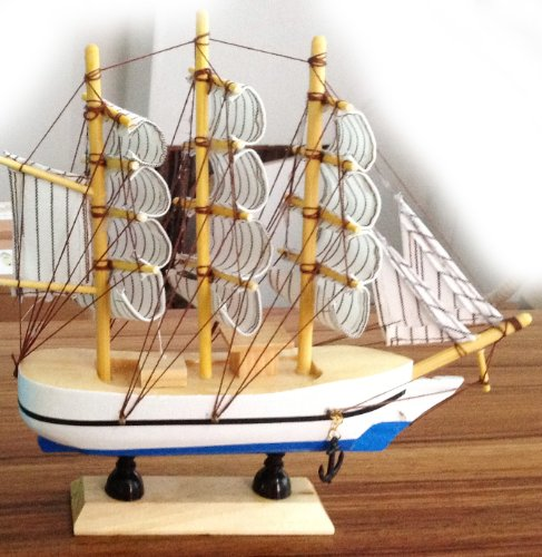 Model Toy Ship Wooden Nautical Enthusiasts Carving Gifts & Decor White