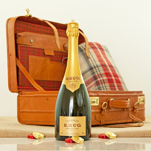 krug-champagne-in-a-vintage-leather-luxury-travel-case
