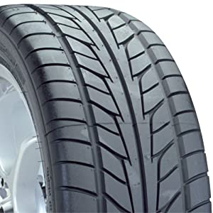 Nitto NT555 EXT High Performance Tire - 235/50R18 101Z
