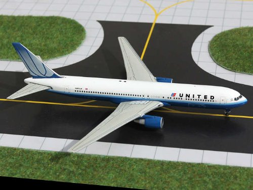 Gemini Jets 1-400 GJ1021 United 767-300 1-400 2009 Livery REGNo. N661UA