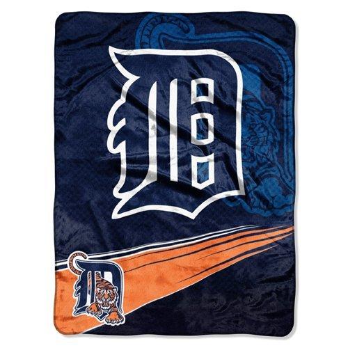 Mlb Detroit Tigers Raschel Plush Throw Blanket, Speed Design front-504251