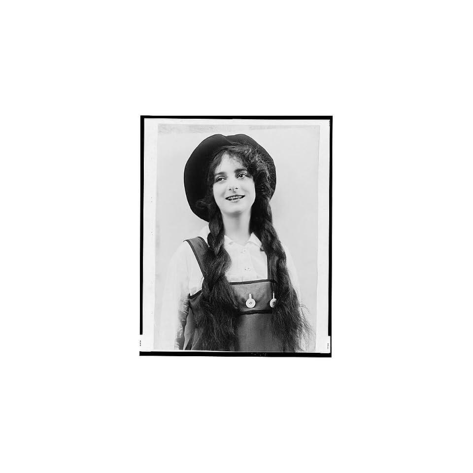 Dorothy Bernard Dorothy Bernard new pics
