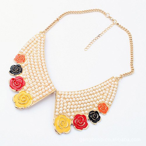 Fashion Artificial Pearl Flower Collar Pendant Necklace
