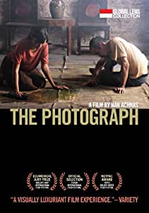 The Photograph  (Amazon.com Exclusive)