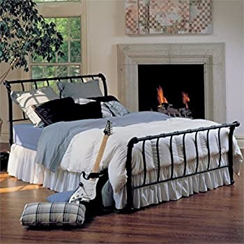 BOWERY HILL Queen Metal Spindle Sleigh Bed in Black