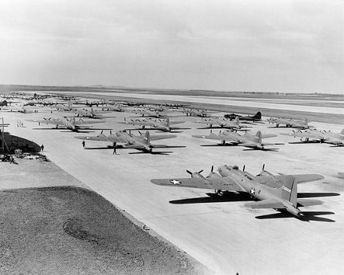 Boeing B-17 Flying Fortress Line-Up 11x14 Silver Halide Photo Print