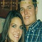 Beautiful Black Widows Hörbuch von Roberta Newell Gesprochen von: Nicole Graham