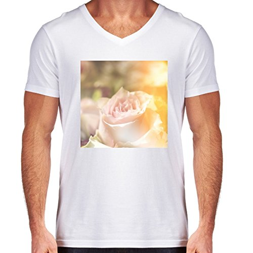 t-shirt-pour-homme-blanc-col-v-taille-m-augmente-a-retroeclairage-by-utart