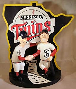 Minnie & Paul Minnesota Twins Deluxe Bobblehead Figurine (Bobble Limited to 504... by Forever Collectibles