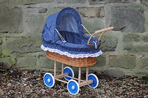 Puppenwagen aus Weide mit Blau mit Punkten und