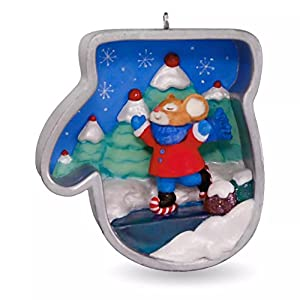 Hallmark 2016 Christmas Ornaments Cookie Cutter Christmas Ice Skating Mouse Ornament