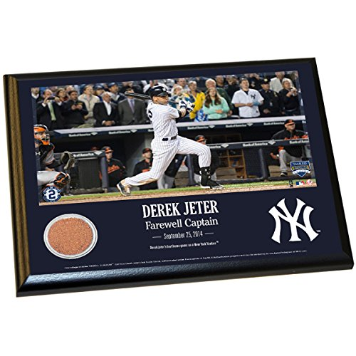 Derek Jeter Final Yankee Moment 8X10 Dirt Plaque front-687148