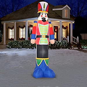 Giant 16 ft inflatable airblown nutcracker for Airblown nutcracker holiday lawn decoration