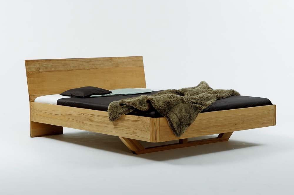 Massivholzbett VISTA – ausergewöhnliches Designerbett, Kernbuche massiv, Größe:140×200 jetzt kaufen