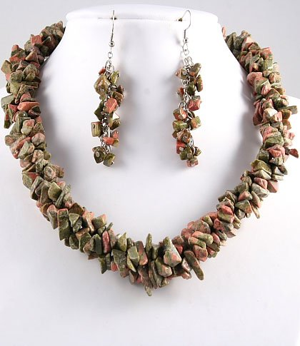 Natural Stone Chips Necklace & Hook Earrings