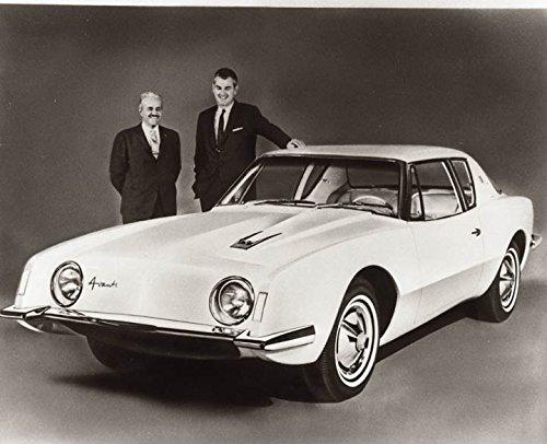 1962-1963-studebaker-avanti-raymond-loewy-factory-photo