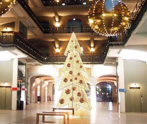 21' Giant Commercial Grade LED Lighted Waterloo Christmas Tree