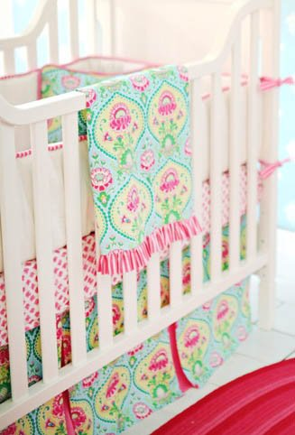 New Arrivals 3 Piece Crib Set, Layla Rose