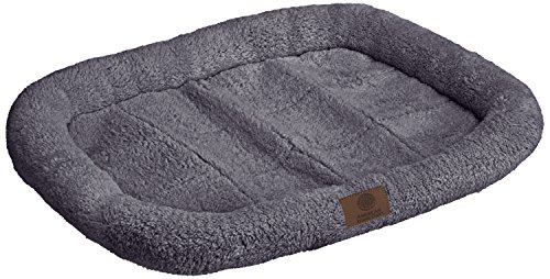 American Kennel Club Crate Mat, 24 by 17-Inch, Gray