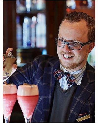 photographic-print-of-arnd-henning-heissen-chef-and-bar-keeper-at-the-hotel-ritz-carlton
