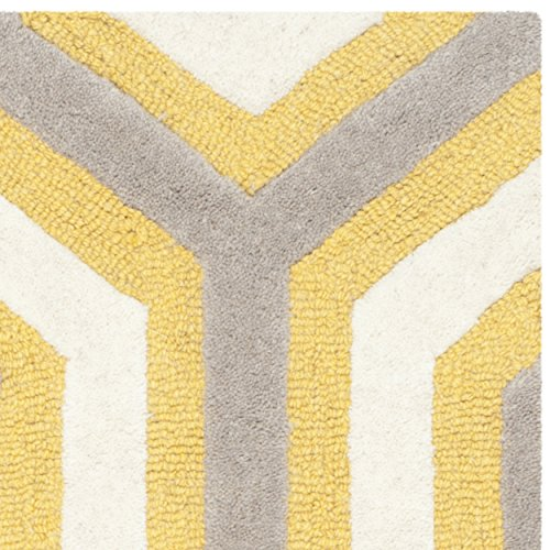 Safavieh Cambridge Collection CAM351Q Handmade Gold and Grey Wool Area Rug, 2 feet by 3 feet (2' x 3')
