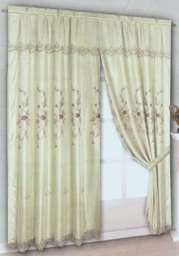 What Color Curtains To Match A Sage Bedroom Wall Ehow