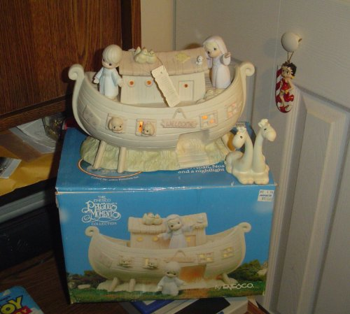 Precious Moments Noah'S Ark Two By Two Collector'S Set front-918632