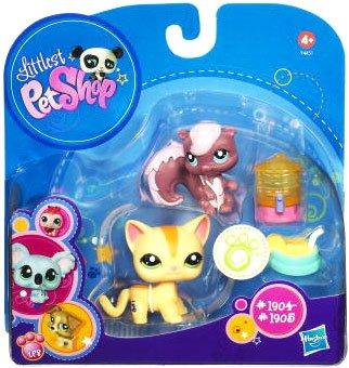 Buy Low Price Hasbro Littlest Pet Shop 2010 Assortment B Series 5 Collectible Figure Cat Skunk (B004EKVRL8)