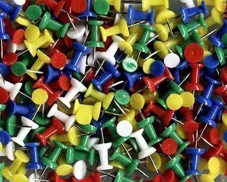 punaise-couleurs-varies-pour-tableau-liege-x-50