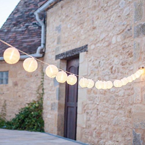 Catena di 20 luci LED con lanterne in tessuto impermeabile bianco per uso interno ed esterno di Lights4fun