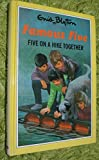 Five on a Hike Together (The Famous Five Series III) Enid Blyton