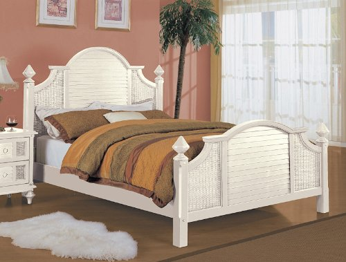 Aruba Indoor White Natural Wicker and Rattan Complete Queen Bed
