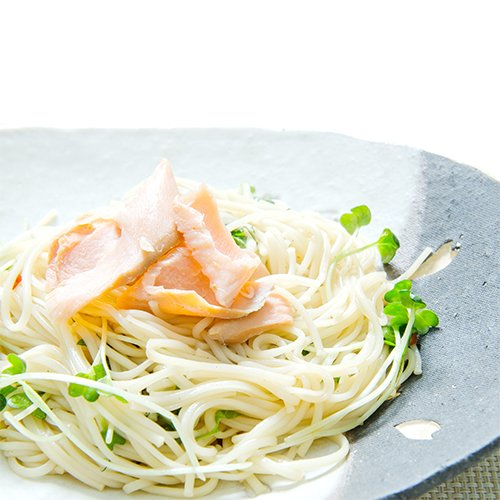 [Colopl Mono excellent flight] the ultimate chilled salmon MMM noodles