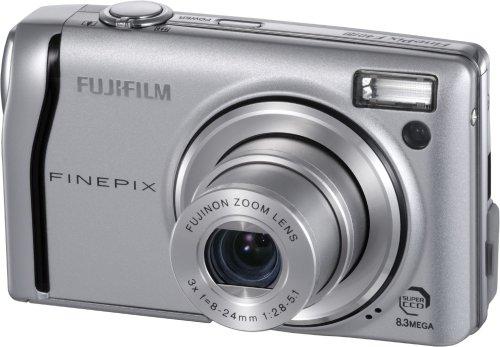 Fuji FinePix F40fd Digital Camera - Silver (8.0MP, 3x Optical Zoom ) 2.5